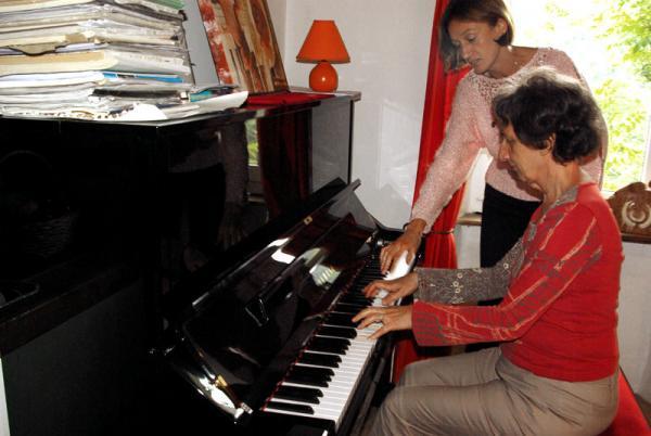Piano Course, Cartares